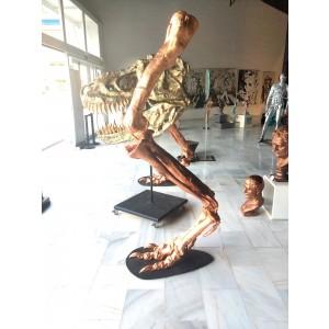 Escultura - Piernas de dinosaurio
